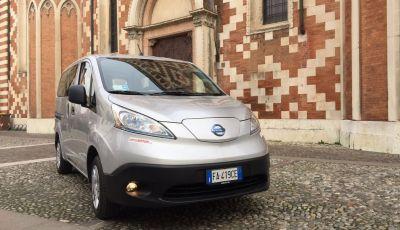 Nissan e-NV200 Combi Bus: la prova su strada dell'elettrico al 100%