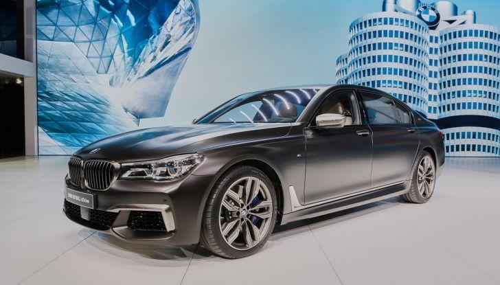 Nuova BMW M760Li xDrive - Foto 1 di 34