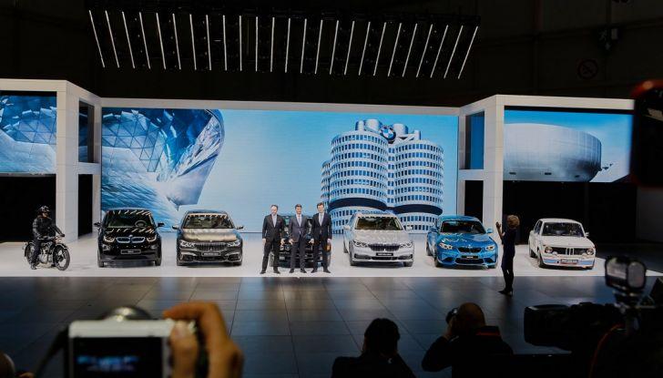 Nuova BMW M760Li xDrive - Foto 14 di 34