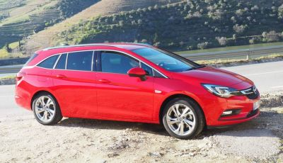 Nuova Opel Astra Sports Tourer prova su strada, informazioni e prezzi