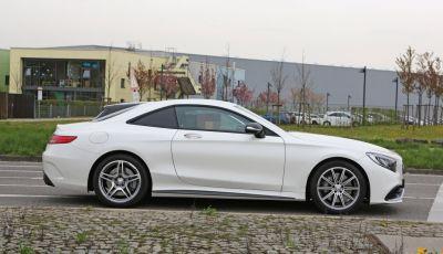 Mercedes AMG S63 Coupe, foto spia di un prototipo misterioso