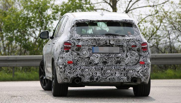 Nuova BMW X3: interni e dettagli nelle ultime foto spia - Foto 11 di 14