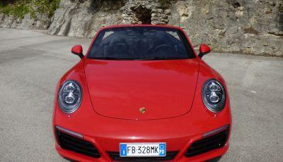 Porsche 911 Carrera S Cabrio, la nostra prova su strada: Paint it Red!