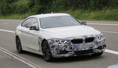 BMW Serie 4 Gran Coupe facelift, le prime immagini spia senza camuffature