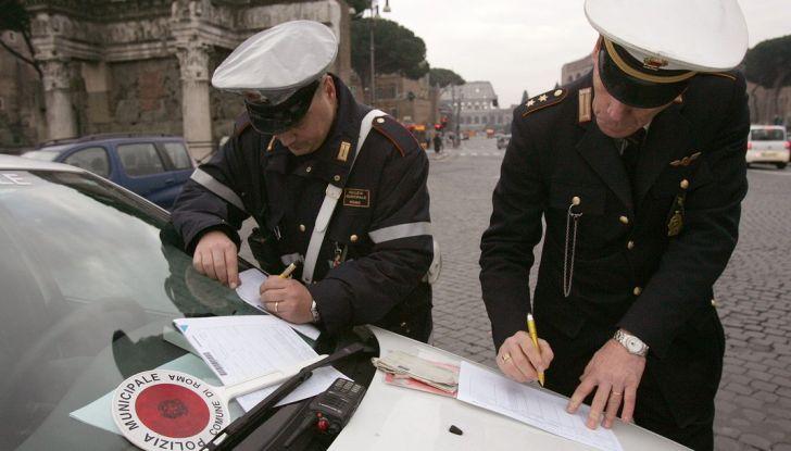 Milano record di multe: pronta una class action - Foto 3 di 8