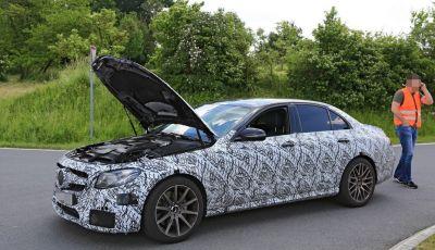 Mercedes AMG E63: le foto spia del guasto
