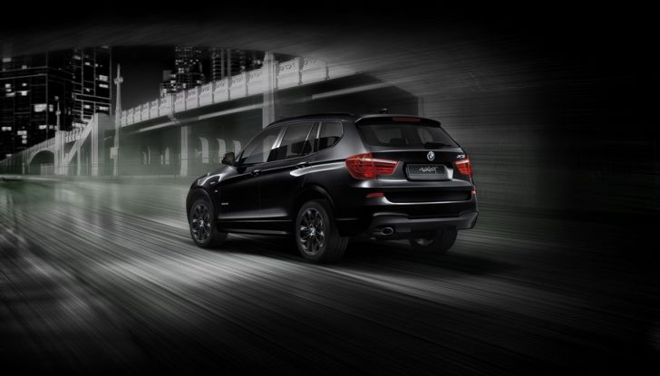 BMW X3 Blackout Edition - Foto 3 di 4