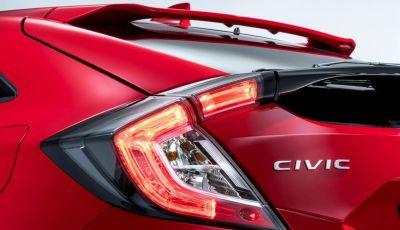 Nuova Honda Civic Berlina al Salone di Parigi 2016