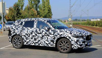 Mazda CX-5 MY2018, prime foto spia dei test dinamici