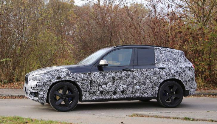 Nuova BMW X3 2017: le prime foto spia in Germania - Foto 11 di 26