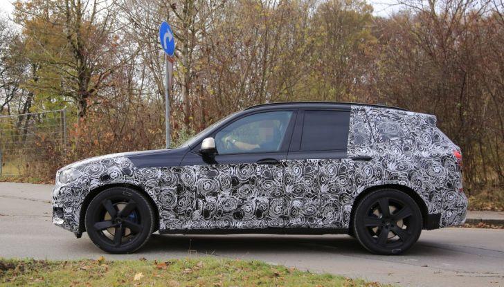 Nuova BMW X3 2017: le prime foto spia in Germania - Foto 12 di 26