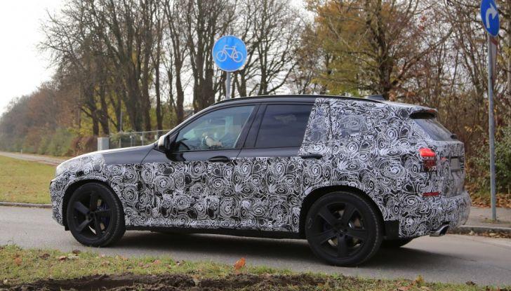 Nuova BMW X3 2017: le prime foto spia in Germania - Foto 13 di 26