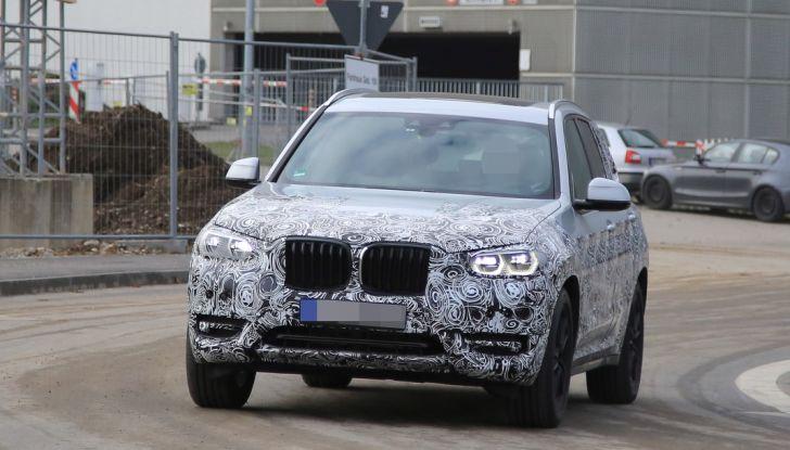 Nuova BMW X3 2017: le prime foto spia in Germania - Foto 19 di 26
