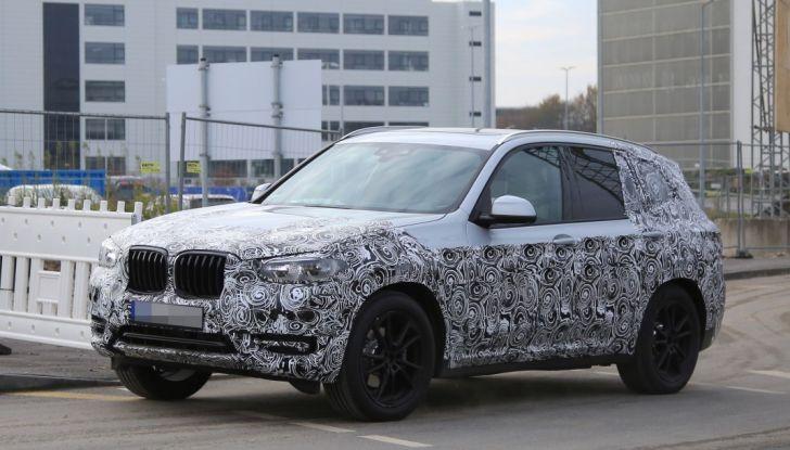 Nuova BMW X3 2017: le prime foto spia in Germania - Foto 21 di 26