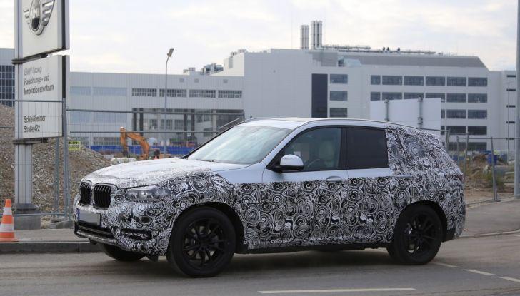 Nuova BMW X3 2017: le prime foto spia in Germania - Foto 22 di 26