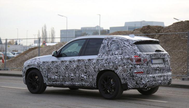 Nuova BMW X3 2017: le prime foto spia in Germania - Foto 24 di 26