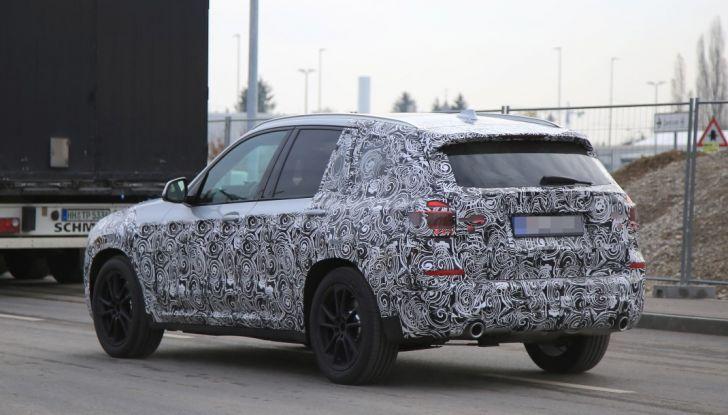 Nuova BMW X3 2017: le prime foto spia in Germania - Foto 25 di 26
