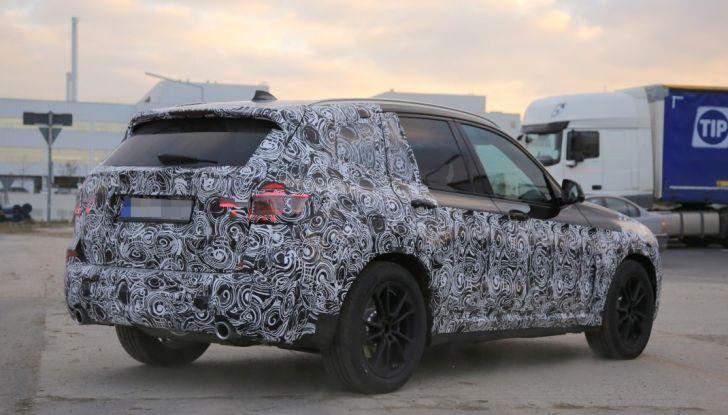 Nuova BMW X3 2017: le prime foto spia in Germania - Foto 8 di 26