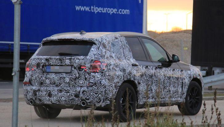 Nuova BMW X3 2017: le prime foto spia in Germania - Foto 9 di 26