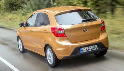 Ford KA+, la nuova compatta dell'Ovale Blu è approvata dagli amici a 4 zampe