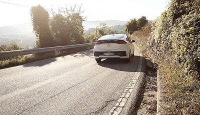 Hyundai Ioniq Hybrid 2016: la nostra prova su strada