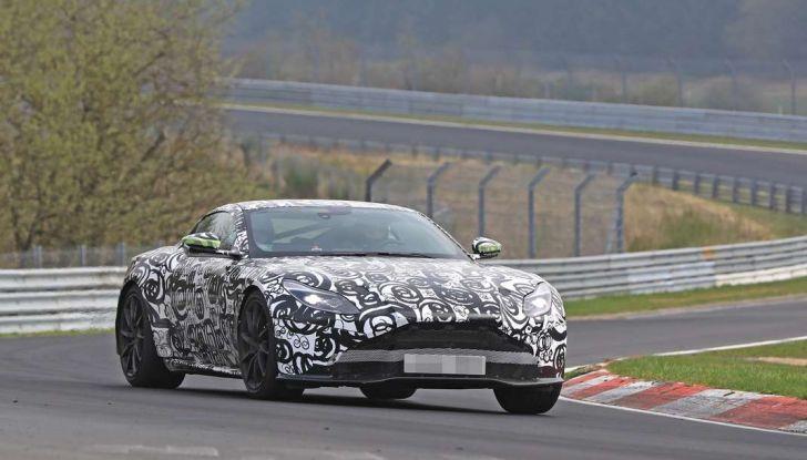 Aston Martin Vantage 2018 prime immagini spia della sportiva inglese - Foto 6 di 23