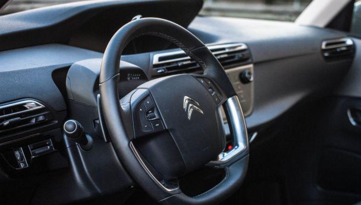 Your driving day by Citroën con Citroën C4 Picasso e C4 Cactus - Foto 3 di 11