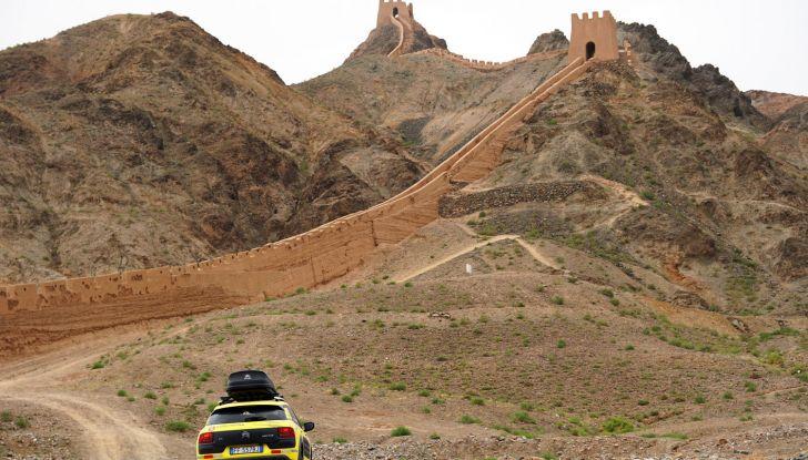 Citroën Avventura Gialla: la C4 Cactus arriva alla Muraglia Cinese - Foto 7 di 8