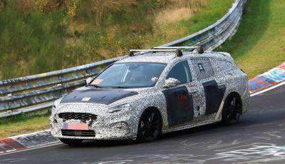 Ford Focus Station Wagon 2018, ultimi test drive in vista del debutto