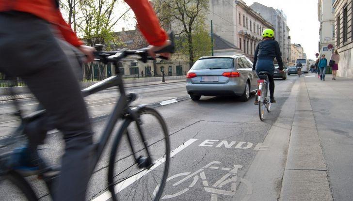 Coronavirus: dal Governo un bonus fino a 500 euro per acquisto di bici e monopattini - Foto 1 di 7
