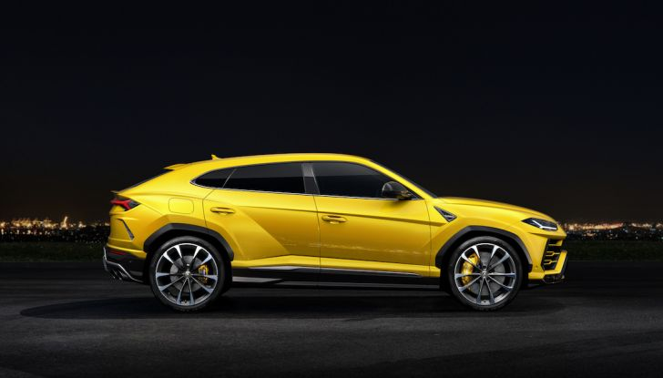 Lamborghini Urus Performante arriva nel 2021 - Foto 3 di 27