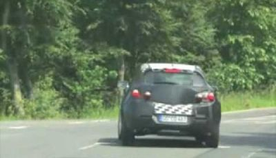 Video Opel Astra GTC Spy