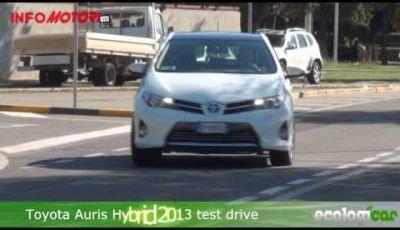 Toyots Auris Hybrid 2014 test drive