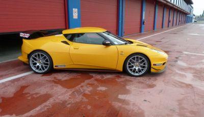 Lotus Evora S: Tommy Maino On Track
