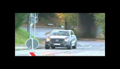 Mercedes Benz ML-63 AMG video spia