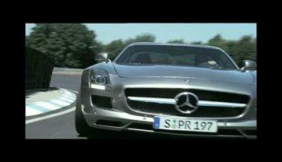 Video Mercedes SLS AMG