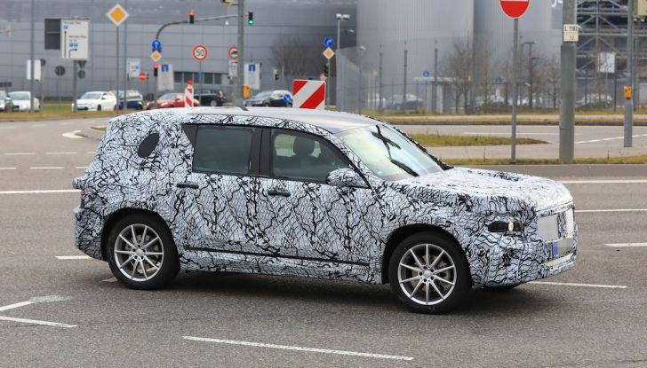Mercedes GLB 2020, il nuovo SUV della Stella per ampliare la gamma - Foto 4 di 8