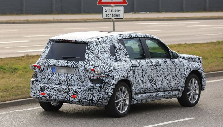 Mercedes GLB 2020, il nuovo SUV della Stella per ampliare la gamma - Foto 8 di 8