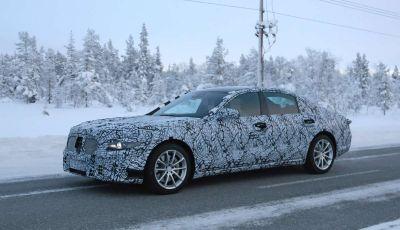Mercedes Classe S, la nuova generazione impegnata nei test drive