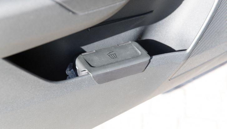 Prova su strada Skoda Karoq 1.5 TSI qualità tedesca, prezzo intelligente - Foto 10 di 31