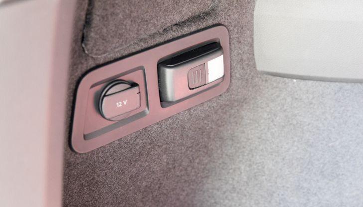 Prova su strada Skoda Karoq 1.5 TSI qualità tedesca, prezzo intelligente - Foto 26 di 31