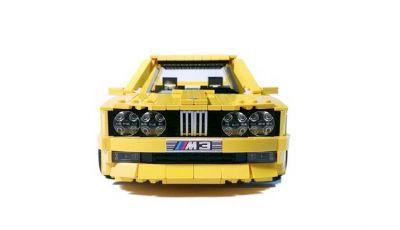 BMW M3 E30 in Lego, la sportiva fatta di mattoncini