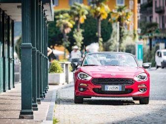 Prova su strada Fiat 124 Spider: Moderna Nostalgia Romantica!