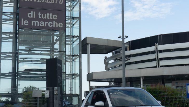 Prova Smart ForTwo Cabrio, la libertà della citycar per eccellenza - Foto 35 di 36