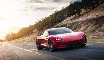 Tesla Roadster: la supercar da 1000 km di autonomia slitta al 2022