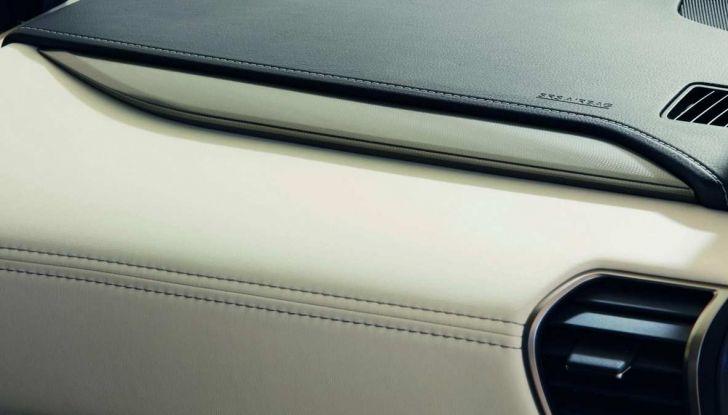 Lexus NX Sport Edition 2018: il nuovo allestimento dove domina il nero - Foto 9 di 10