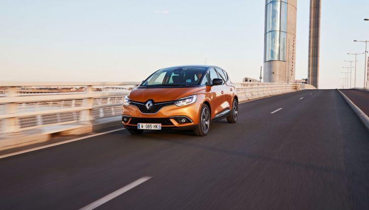Prova nuova Renault Scenic: ora con il benzina TCe da 115, 140 e 160CV [VIDEO] - Foto 9 di 24
