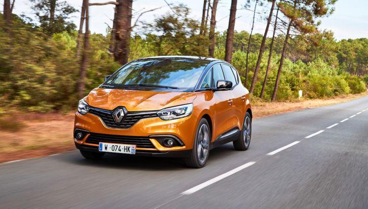 Prova nuova Renault Scenic: ora con il benzina TCe da 115, 140 e 160CV [VIDEO] - Foto 12 di 24