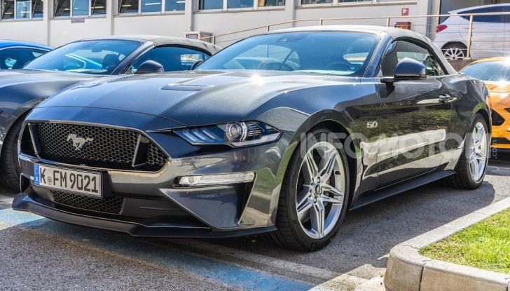 Nuova Ford Mustang GT 2018: La prova del V8 da 450CV - Foto 12 di 27