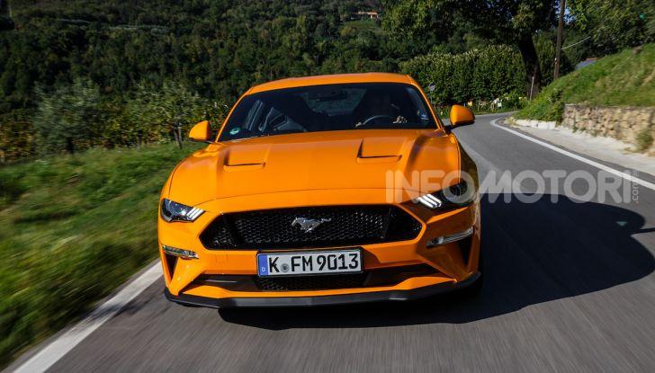 Nuova Ford Mustang GT 2018: La prova del V8 da 450CV - Foto 11 di 27